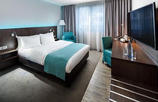 Holiday Inn Dusseldorf Hafen Dusseldorf